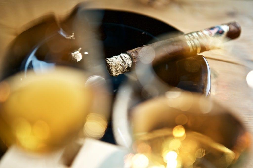 Zigarre und Rum
