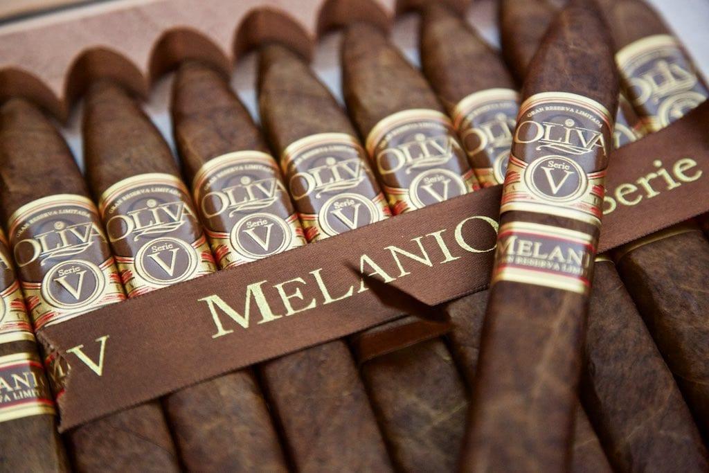 Edle Zigarren Geschenke: Oliva Serie V Melanio Figurado