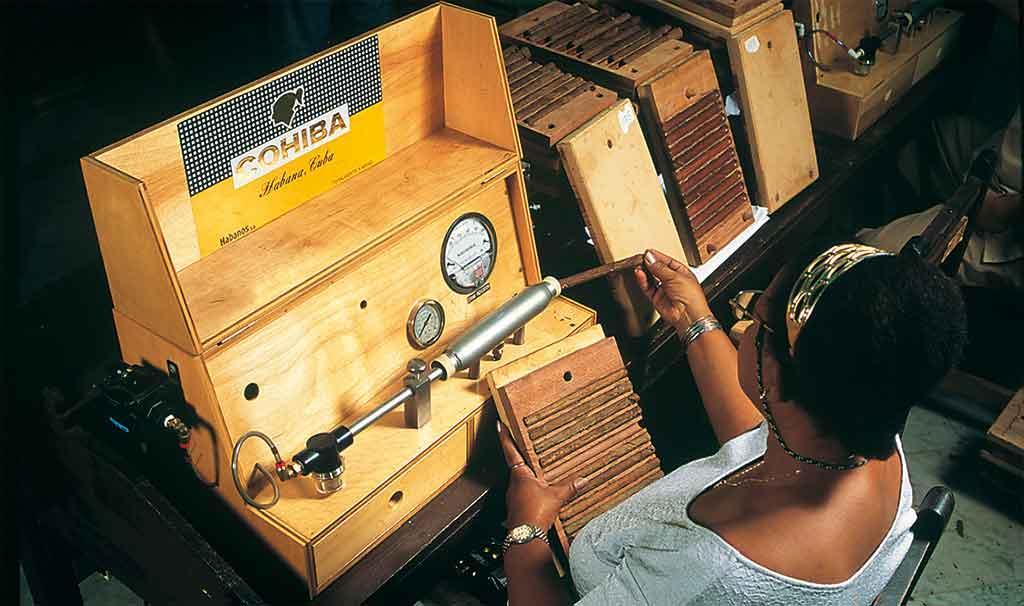 Zugwiderstandsmaschine von Cohiba