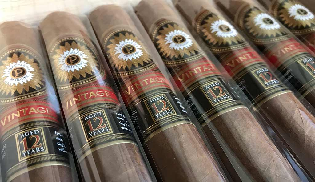 Perdomo Double Aged 12 Years Sun Grown Robusto