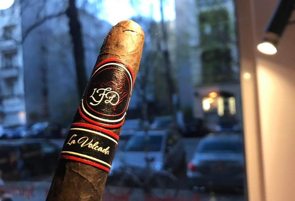 La Flor Dominicana Volcada Zigarren