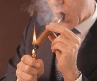 Zigarre richtig rauchen